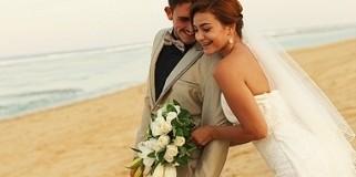 Alasan Mengapa Mengadakan Pesta Pernikahan di Bali