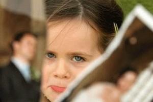 Psikologis Anak Akibat Sering Ditinggal