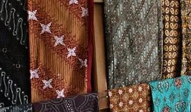 Cara Merawat Kemeja Batik Anda