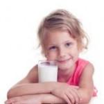 Tips Memilih Susu Terbaik untuk Anak