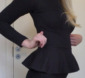 tips-menyembunyikan-perut-buncit