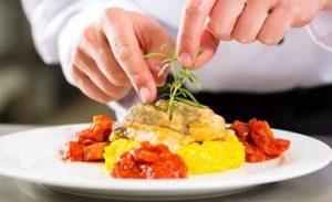plating makanan